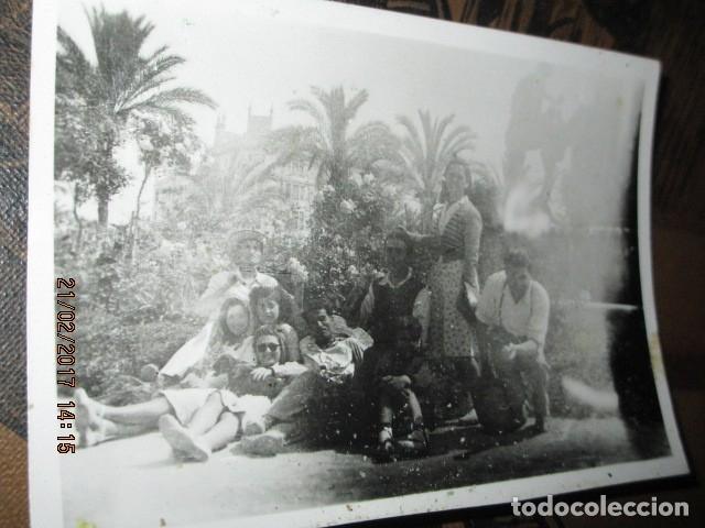 ALICANTE PLAZA LUCEROS FAMILIA MILITAR DE MELILLA AL FONDO DIPUTACIOIN ENTRE GUERRAS (Militar - Fotografía Militar - Guerra Civil Española)