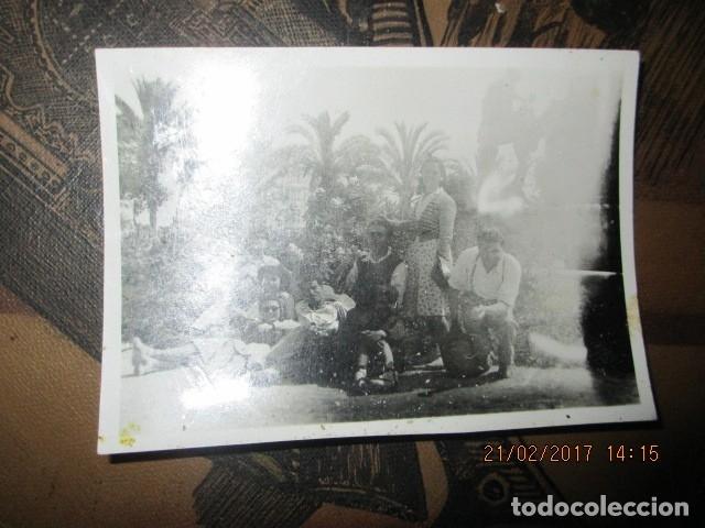 Militaria: ALICANTE PLAZA LUCEROS FAMILIA MILITAR de MELILLA AL FONDO DIPUTACIOIN ENTRE GUERRAS - Foto 2 - 179382458