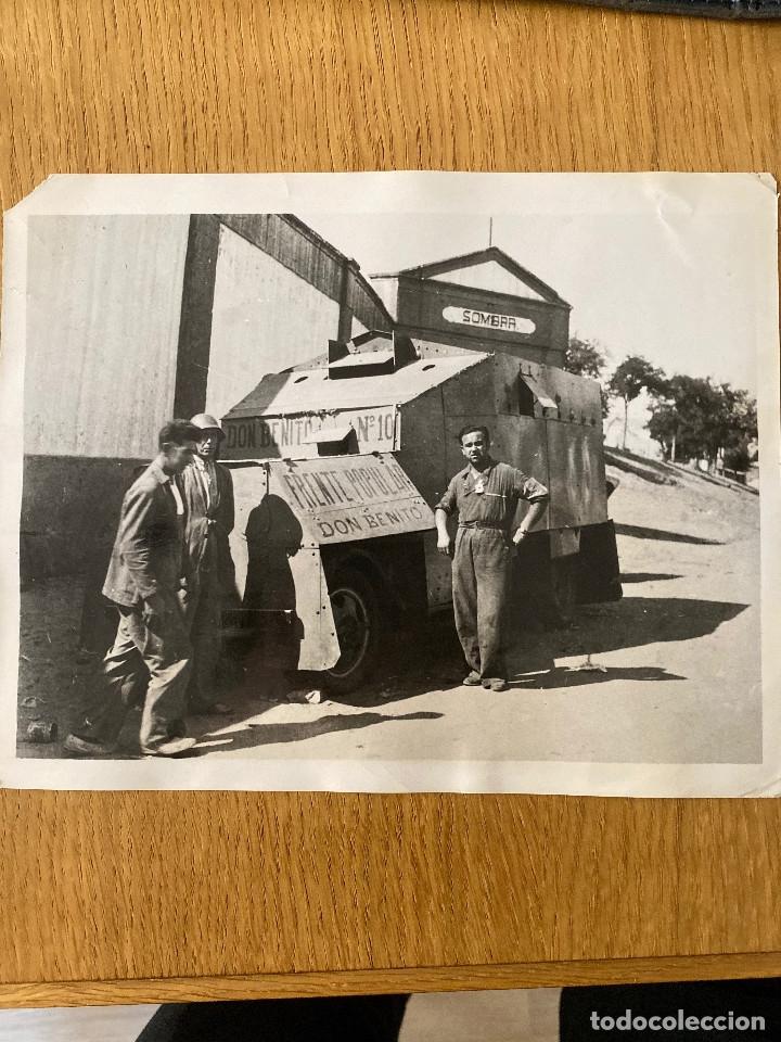 FOTOGRAFÍA ORIGINAL GUERRA CIVIL, BLINDADO DEL FRENTE POPULAR DE DON BENITO (BADAJOZ (Militar - Fotografía Militar - Guerra Civil Española)