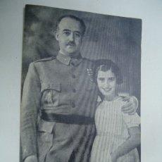Militaria: FRANCO Y SU HIJA CARMENCITA POR JALÓN ANGEL FOTÓGRAFO ZARAGOZA 1938 MANUSCRITA CENSURADA EN SANTIAGO. Lote 181130310