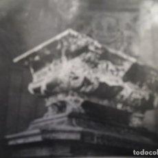Militaria: REPORTAJE DE SOLDADOS DE LA WEHRMACHT DE TURISMO. TUMBA DE JOSE NAPOLEON I. PARIS. AÑO 1941. Lote 181138476