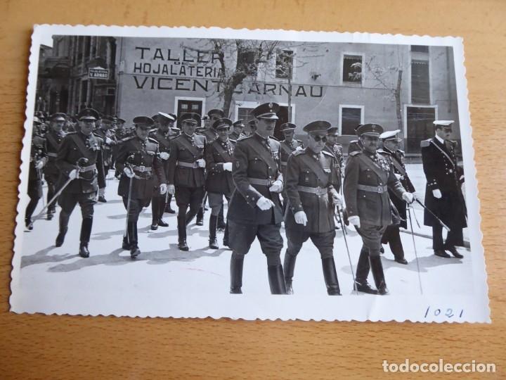 Militaria: Fotografía oficiales del ejército español. Castellón - Foto 2 - 181140155