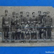 Militaria: FOTOGRAFÍA SOLDADOS EJÉRCITO ESPAÑOL. INGENIEROS. . Lote 181401870