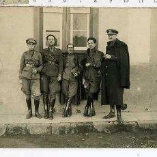 Militaria: FOTOGRAFIA GRUPO DE MILITARES ALFEREZ, .. EPOCA DE ALFONSO XIII, . Lote 181877966
