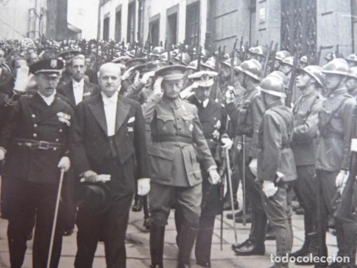 Militaria: Fotografía general de brigada del ejército español. Santiago de Compostela - Foto 3 - 181958641