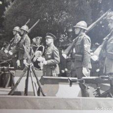 Militaria: FOTOGRAFÍA GENERAL DE BRIGADA DEL EJÉRCITO ESPAÑOL. SANTIAGO DE COMPOSTELA. Lote 182040601