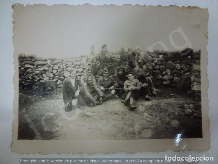 FOTOGRAFÍA ORIGINAL. GUERRA CIVIL. SOLDADOS. SELLO DE LA COMANDANCIA MILITAR PEÑARROYA PUEBLONUEVO. (Militar - Fotografía Militar - Guerra Civil Española)