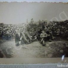 Militaria: FOTOGRAFÍA ORIGINAL. GUERRA CIVIL. SOLDADOS. SELLO DE LA COMANDANCIA MILITAR PEÑARROYA PUEBLONUEVO.. Lote 182381597