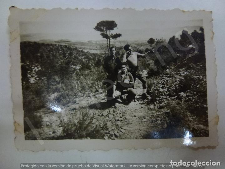 FOTOGRAFÍA ORIGINAL. GUERRA CIVIL. SOLDADOS. MEDIDAS: 6,5 CM X 4,5 CM (Militar - Fotografía Militar - Guerra Civil Española)