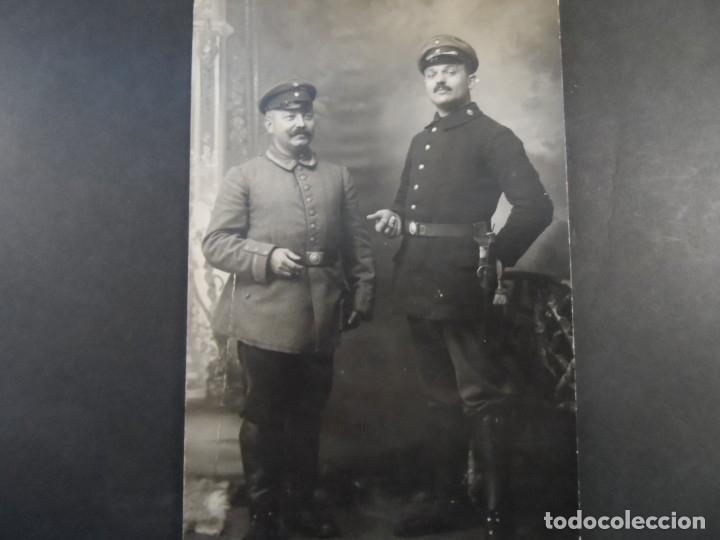 SOLDADOS IMPERIALES ALEMANES EN ESTUDIO POSANDO. II REICH. AÑOS 1914-18 (Militar - Fotografía Militar - I Guerra Mundial)