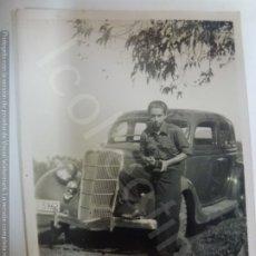 Militaria: FOTOGRAFÍA ORIGINAL. GUERRA CIVIL. EN FONTANALES. GRAN CANARIA. COCHE ANTIGUO. (8,4 CM X 5,7 CM). Lote 182455526