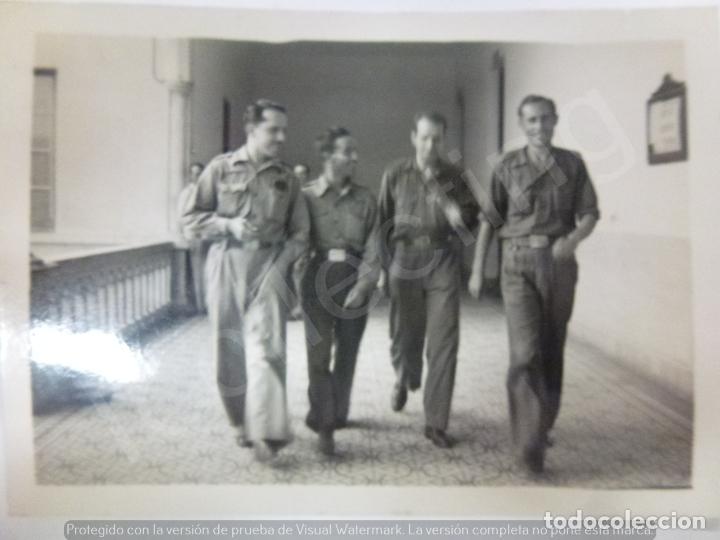 FOTOGRAFÍA ORIGINAL. GUERRA CIVIL. BATALLÓN. EDIFICIO ANTIGUO DE LOS JESUITAS (Militar - Fotografía Militar - Guerra Civil Española)