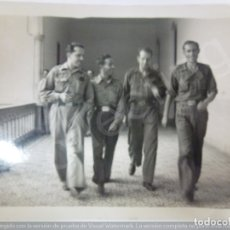 Militaria: FOTOGRAFÍA ORIGINAL. GUERRA CIVIL. BATALLÓN. EDIFICIO ANTIGUO DE LOS JESUITAS. Lote 182461788
