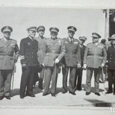 Militaria: FOTO GENERAL SAENZ DE BURUAGA, MEDALLA MILITAR INDIVIDUAL, GENERALES, AVIACIÓN, ETC. Lote 182541367