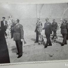 Militaria: FOTO GENERAL SÁENZ DE BURUAGA, MEDALLA MILITAR INDIVIDUAL Y COLECTIVA. GENERALES, AVIACIÓN, ETC. PAL. Lote 182594371