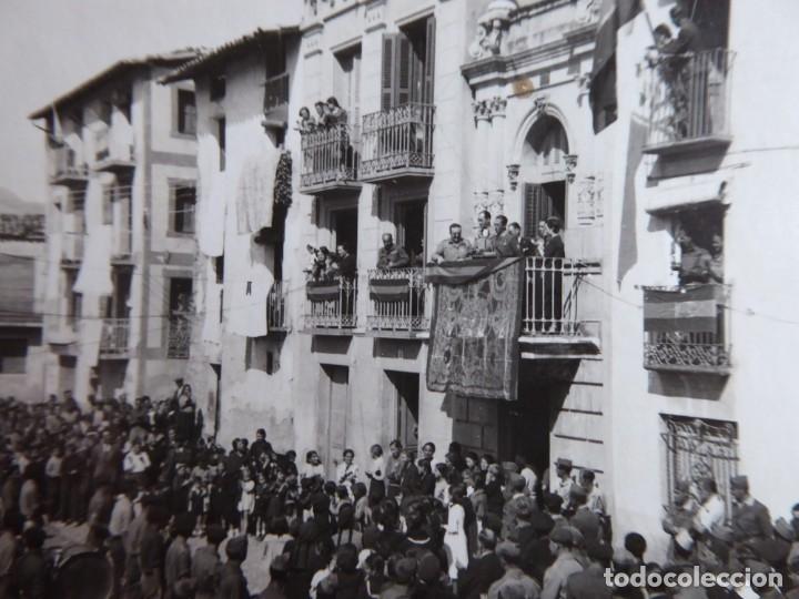 FOTOGRAFÍA OFICIALES DEL EJÉRCITO NACIONAL. AYUNTAMIENTO 1938 (Militar - Fotografía Militar - Guerra Civil Española)