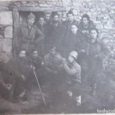 Militaria: FOTOGRAFÍA REQUETES. SOMOSIERRA 9-1936. Lote 182802377