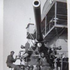 Militaria: FOTOGRAFÍA MARINEROS CRUCERO CANARIAS. CALATAYUD CEUTA. Lote 183518365