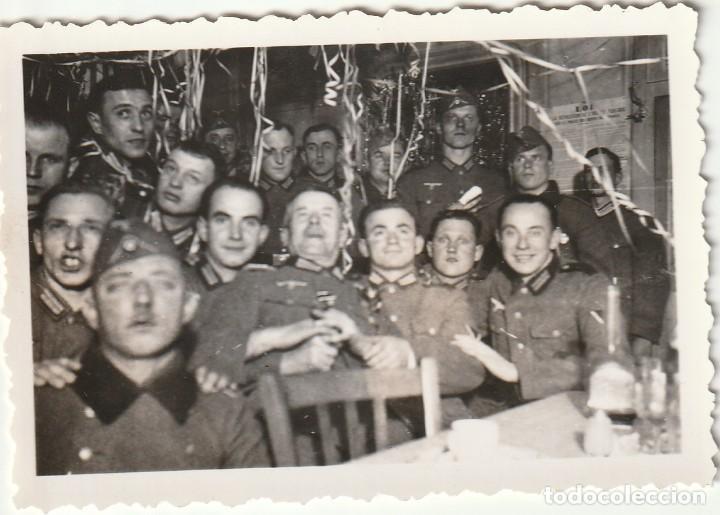 Militaria: LOTE DE 6 FOTOS DE SOLDADOS DE LA WEHRMACHT Y ESCENARIOS BÉLICOS - (NAZISMO, SEGUNDA GUERRA MUNDIAL) - Foto 4 - 183674393