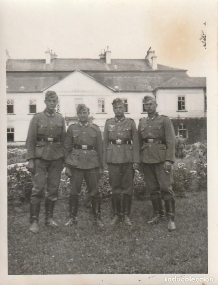 Militaria: LOTE DE 5 FOTOS DE SOLDADOS DE LA WEHRMACHT Y ESCENARIOS BÉLICOS - (NAZISMO, SEGUNDA GUERRA MUNDIAL) - Foto 5 - 183683946