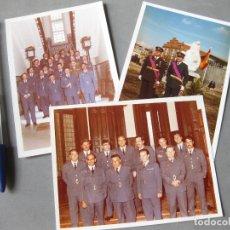 Militaria: 3 FOTOGRAFÍAS EN COLOR DEL EJERCITO DEL AIRE ESPAÑOL CON OFICIALES DE UNIFORME - AVIACIÓN - AÑOS 70. Lote 183842156