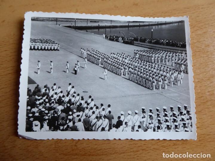 Militaria: Fotografía marineros Armada. Vigo - Foto 2 - 183849442