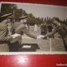 Militaria: FOTO POSGUERRA LA GRANJA SEGOVIA 1947 VERANO. Lote 184032156