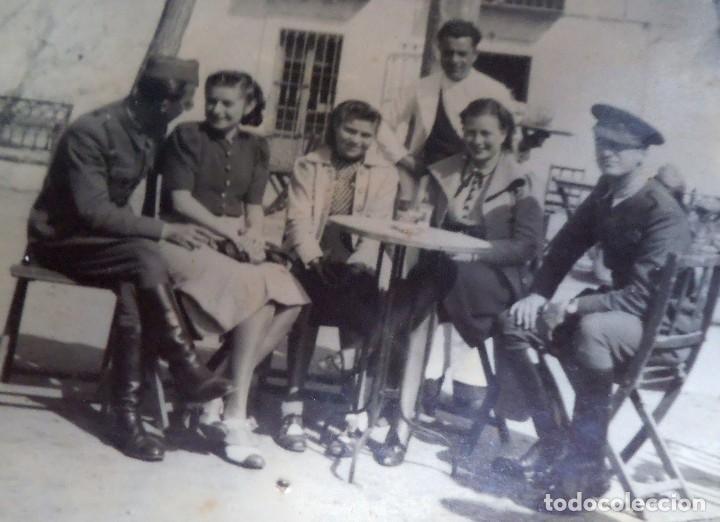 DIVISIÓN AZUL, DIVISIONARIO CON UN SOLDADO ESPAÑOL . (Militar - Fotografía Militar - II Guerra Mundial)