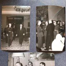 Militaria: MINISTERIO DE AIRE 3 FOTOS ANTIGUAS RECEPCION GENERALES MILITARES FRANCO BENJUMEA AVIADORES 17,3X11,. Lote 184169482
