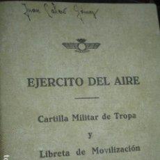 Militaria: EJERCITO DEL AIRE AVIACION ALBACETE ALICANTE 4 CARTILLAS MILITARES Y FAM CATOLICA IBENSA FOTO. Lote 184241960