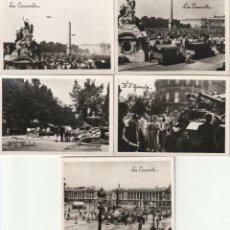 Militaria: CURIOSO LOTE DE CINCO FOTOS COPIAS DE ÉPOCA DE LAS ORIGINALES TOMADAS DURANTE LA LIBERACIÓN DE PARÍS. Lote 184492505