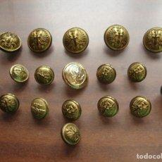 Militaria: COLECCION BOTONES ANTIGUOS Y DOS CASCABELES. Lote 186068381