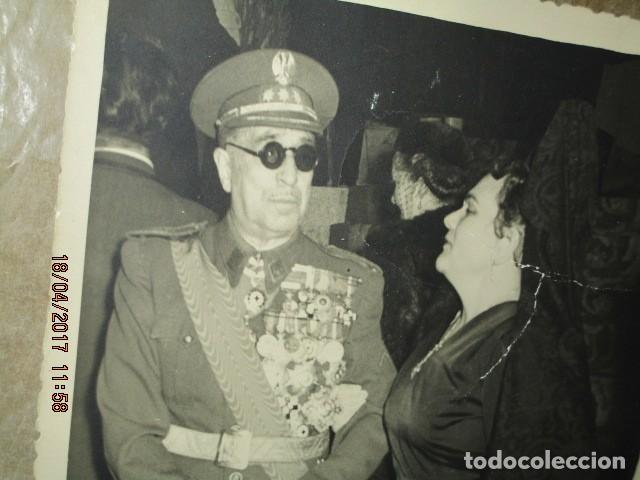 Militaria: alto mando con UNAS 30 medallas EN EL uniforme madrid 1956 excombatiente en guerra civil - Foto 2 - 186468416