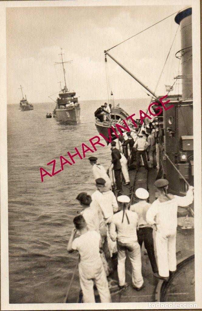 WWI,ANTIGUA FOTOGRAFIA, DESEMBARCANDO BOTES,14X9 CMS (Militar - Fotografía Militar - I Guerra Mundial)