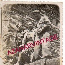 Militaria: GUERRA CIVIL, SOLDADOS EL FRENTE DE CASTELLON, 60X88 MM. Lote 187168260
