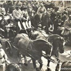 Militaria: FOTOGRAFÍA VISITA DE UN PRELADO (PIO XII) A SUECIA AÑO 1935? - CABALLERÍA SUIZA. Lote 187318415