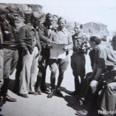 Militaria: FOTOGRAFÍA OFICIALES DEL EJÉRCITO NACIONAL. AGUARÓN 1938. Lote 187457757