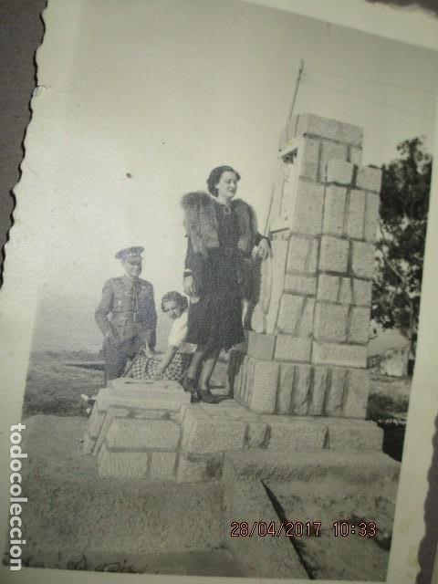 Militaria: CAPITAN ESCOMBATIENTE GUERRA CIVIL EN CEUTA MONUMENTO O PANTEON DE CEMENTERIO - Foto 2 - 188703522