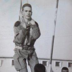 Militaria: FOTOGRAFÍA PARACAIDISTA BRIGADA PARACAIDISTA BRIPAC. AAIUN 1963.. Lote 188747825