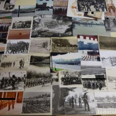 Militaria: LOTE 68 FOTOS FOTOGRAFÍAS MILITARES. AÑOS 50 - 80. EJÉRCITO ESPAÑOL. CUARTELES DESFILES. 230GR. Lote 188766430