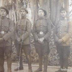 Militaria: FOTOGRAFÍA SOLDADOS DEL EJÉRCITO ESPAÑOL. REGIMIENTO 13. Lote 188821927