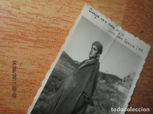 AVANCE SOBRE CATALUÑA EN GUERRA CIVIL I- 1939 IMPORTANTE OFICIAL DE LEGION CON TUNICA REGULAR (Militar - Fotografía Militar - Guerra Civil Española)
