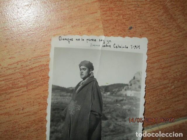 Militaria: AVANCE SOBRE CATALUÑA EN GUERRA CIVIL I- 1939 IMPORTANTE OFICIAL DE LEGION CON TUNICA REGULAR - Foto 2 - 190039296