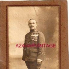 Militaria: MELILLA, GUERRA DE AFRICA, FOTOGRAFIA DE UN CAPITAN MUY CONDECORADO, 13X18 CMS. Lote 190199896
