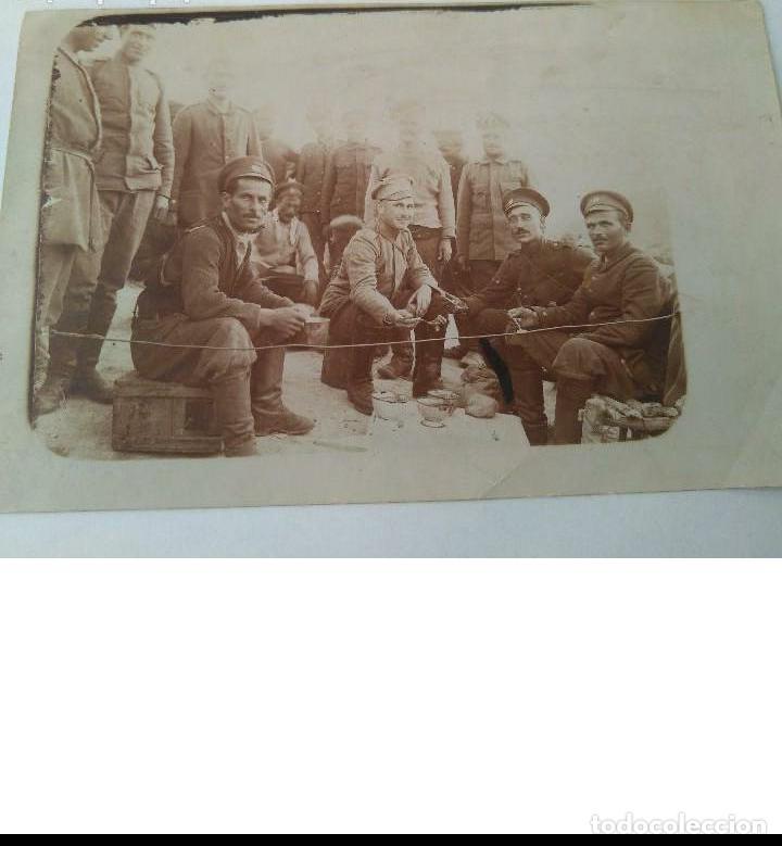 Militaria: ANTIGUA FOTO MILITAR DE I GUERRA MUNDIAL DE SOLDADOS RUSOS HECHA EN CAMPO DE BATALLA 23 II 1918 ORIG - Foto 5 - 190507487