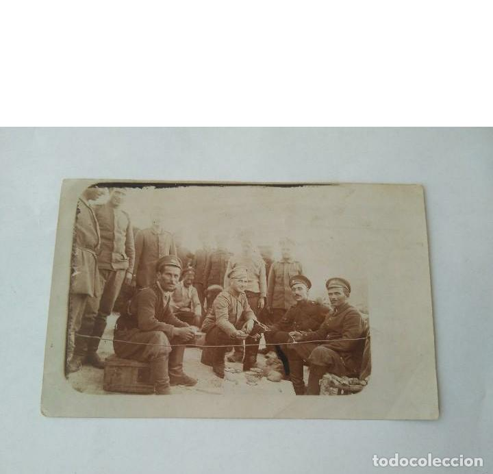 Militaria: ANTIGUA FOTO MILITAR DE I GUERRA MUNDIAL DE SOLDADOS RUSOS HECHA EN CAMPO DE BATALLA 23 II 1918 ORIG - Foto 7 - 190507487
