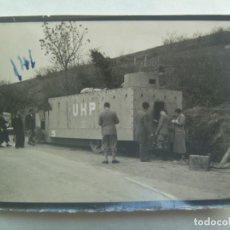 Militaria: GUERRA CIVIL : FOTO DE UN CAMION BLINDADO ROJO UHP. Lote 207252118