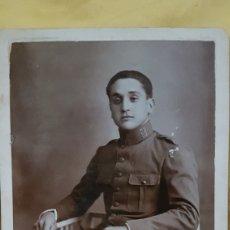 Militaria: ANTIGUA FOTO SOLDADO 68 REGIMIENTO LA MODERNA MELILLA. Lote 191286700