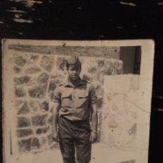 Militaria: FOTOGRAFIA JOVEN SOLDADO - MILITAR - 7.7X9CM. Lote 191743586
