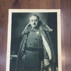 Militaria: GRAN FOTOGRAFÍA PÓSTER DE FRANCISCO FRANCO -FIRMA IMPRESA- FOTOGRAFÍA DE JALÓN ÁNGEL (ZARAGOZA). Lote 191760673